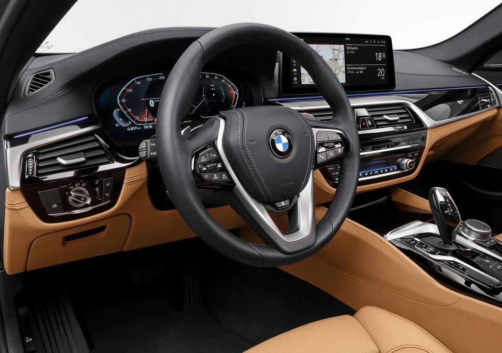 Makyajlı BMW 5 Serisi Kokpiti