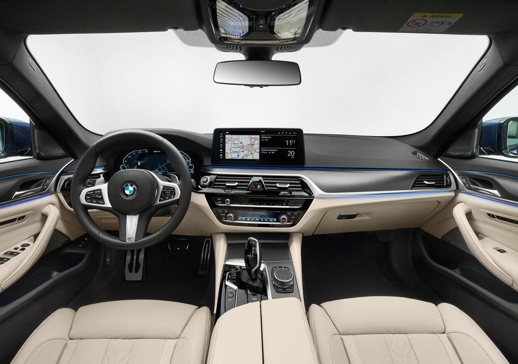 Makyajlı 2021 BMW 5 Serisi Kokpiti