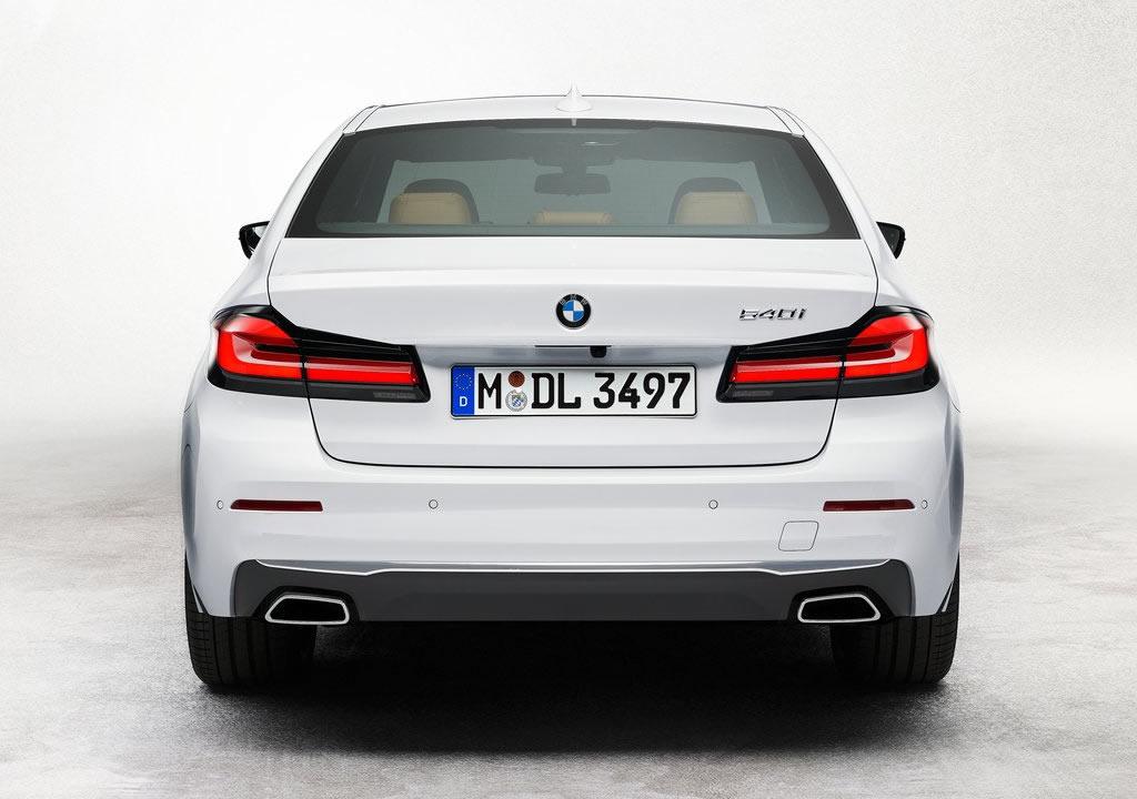 Makyajlı 2021 BMW 540i