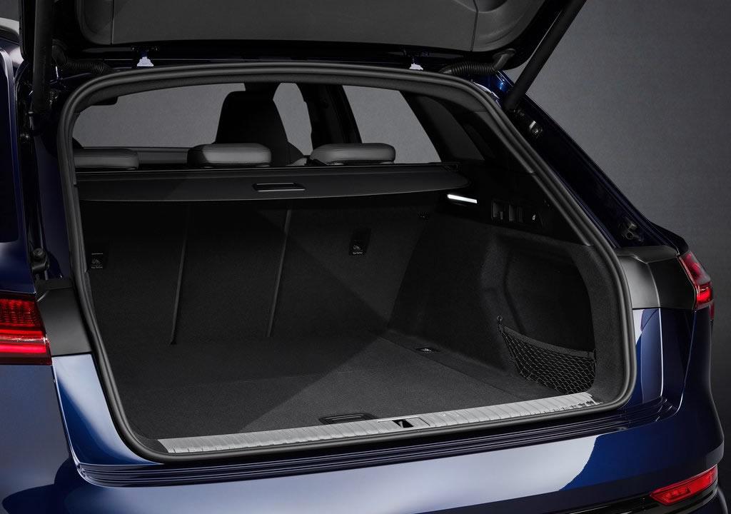 2021 Yeni Audi e-tron S Bagaj Alanı