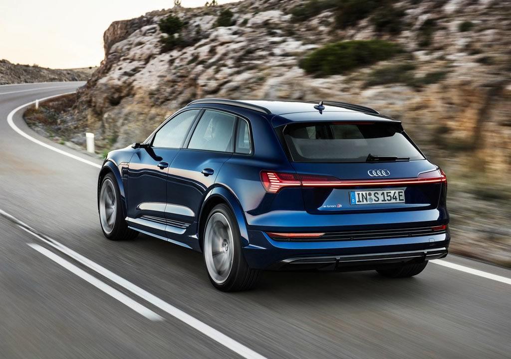 2021 Yeni Audi e-tron S 0-100 km/s