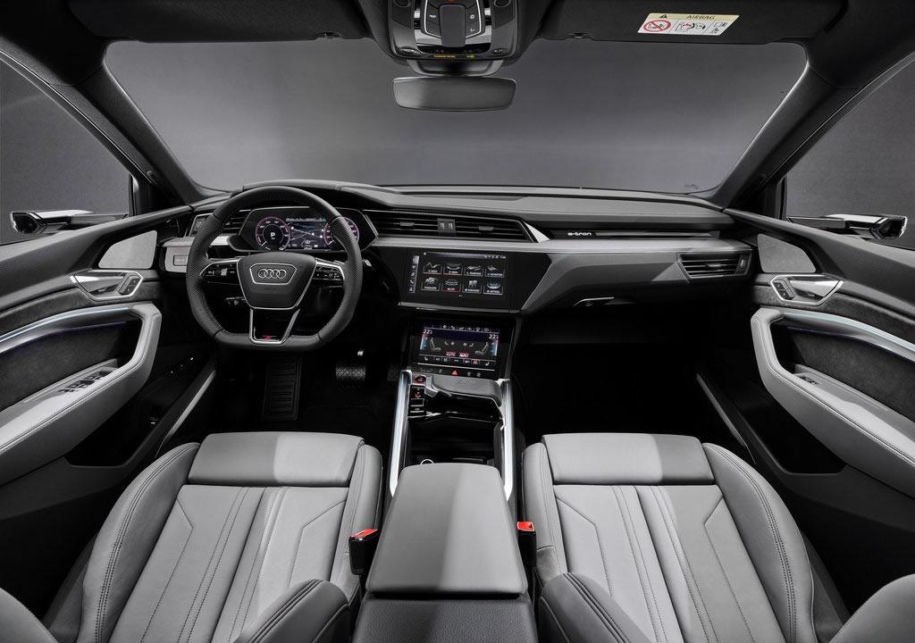 2021 Yeni Audi e-tron S Sportback Kokpiti