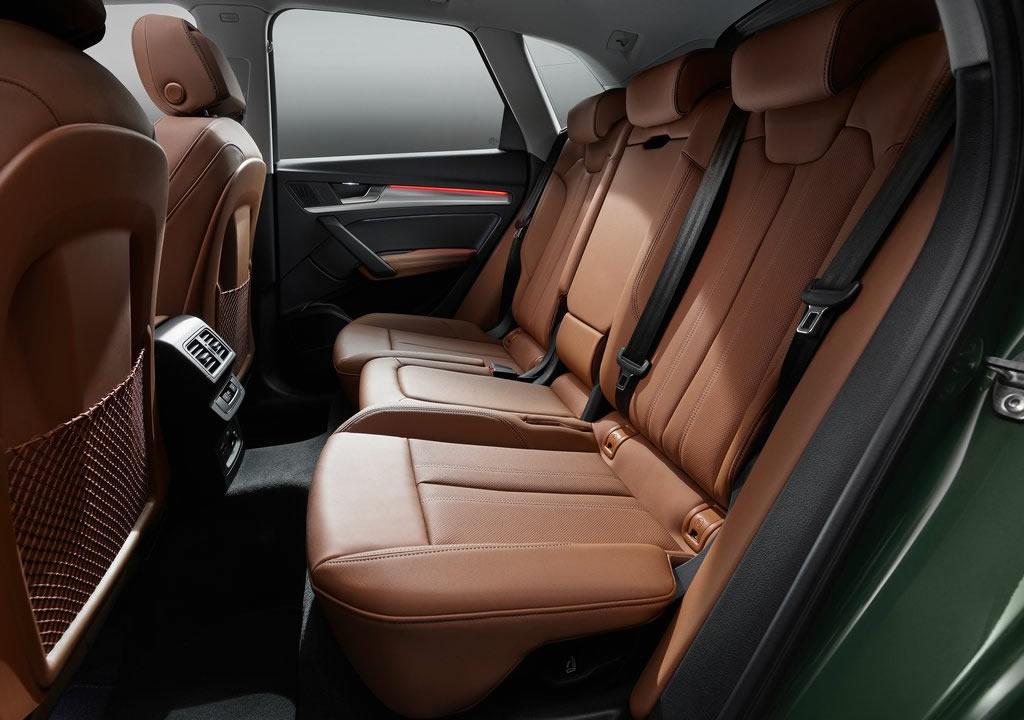 2021 Yeni Audi Q5 Diz Mesafesi