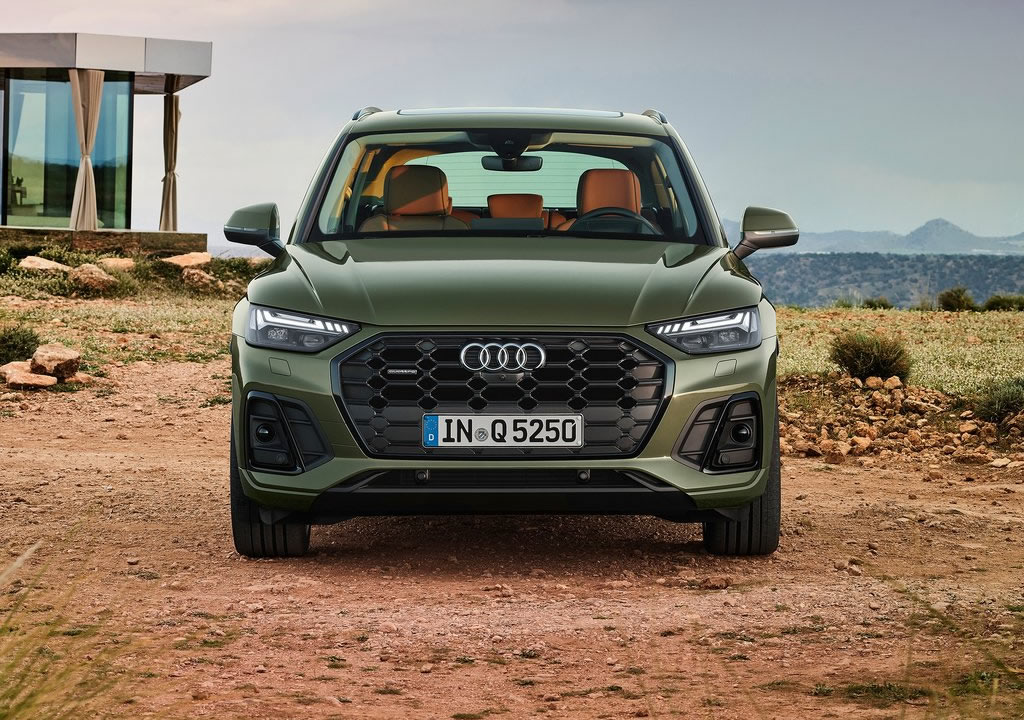 2021 Yeni Audi Q5 Fotoğrafları