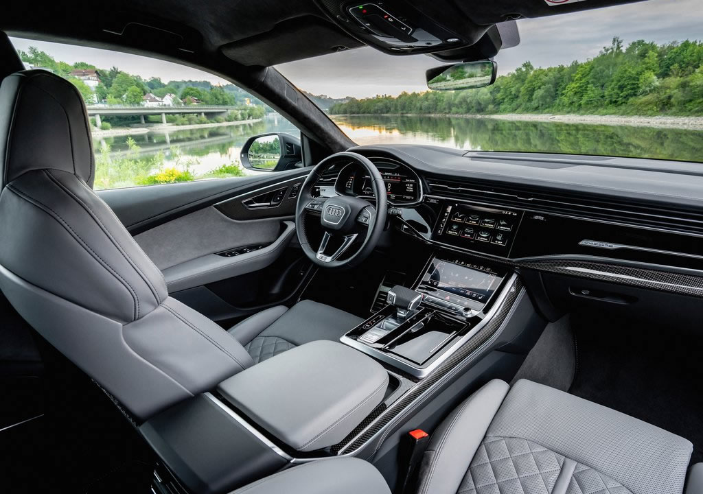 2021 Yeni Audi SQ8 TFSI İçi