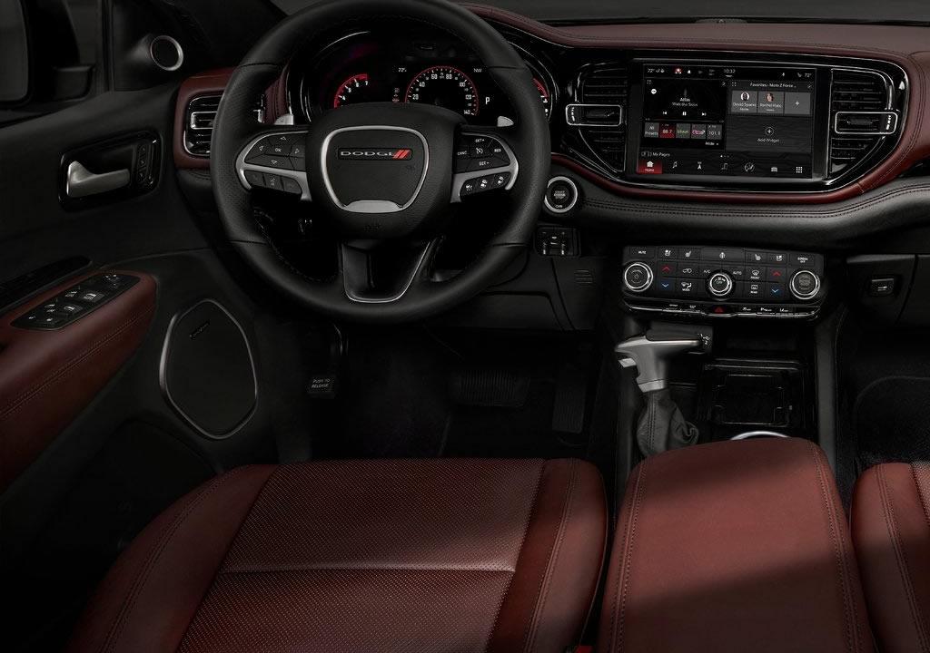 2021 Yeni Dodge Durango Kokpiti