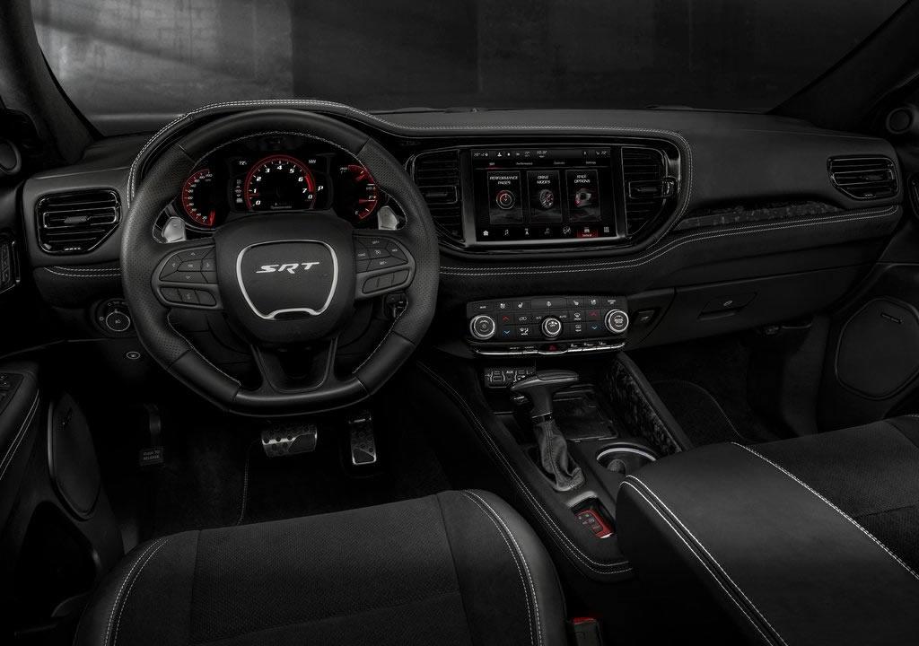 2021 Yeni Dodge Durango SRT Hellcat Kokpiti