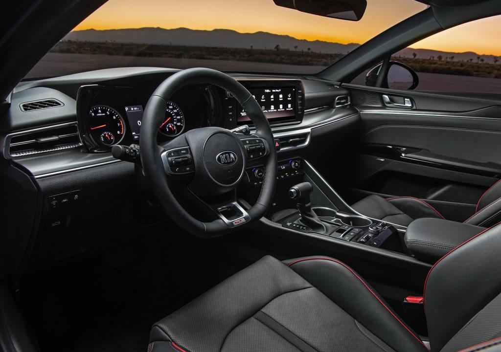 2021 Yeni Kia K5 GT Kokpiti