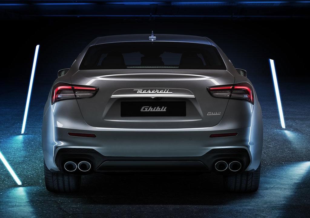 2021 Yeni Maserati Ghibli Hybrid Kaç Beygir?