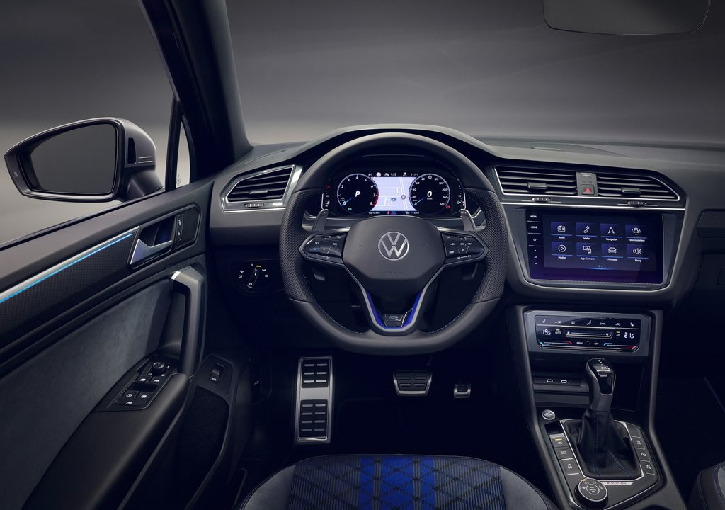 2021 Yeni Volkswagen Tiguan R Kokpiti
