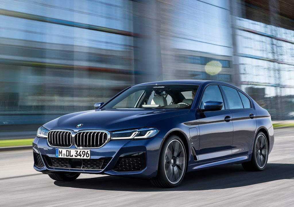 Makyajlı 2021 BMW 5 Serisi Türkiye Fiyatı