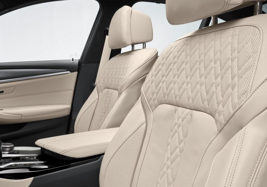 2021 BMW 5 Serisi İçi
