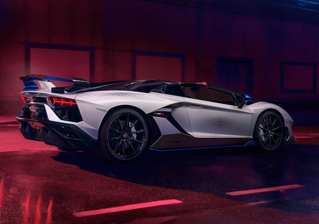 2020 Lamborghini Aventador SVJ Roadster Xago Edition Özellikleri