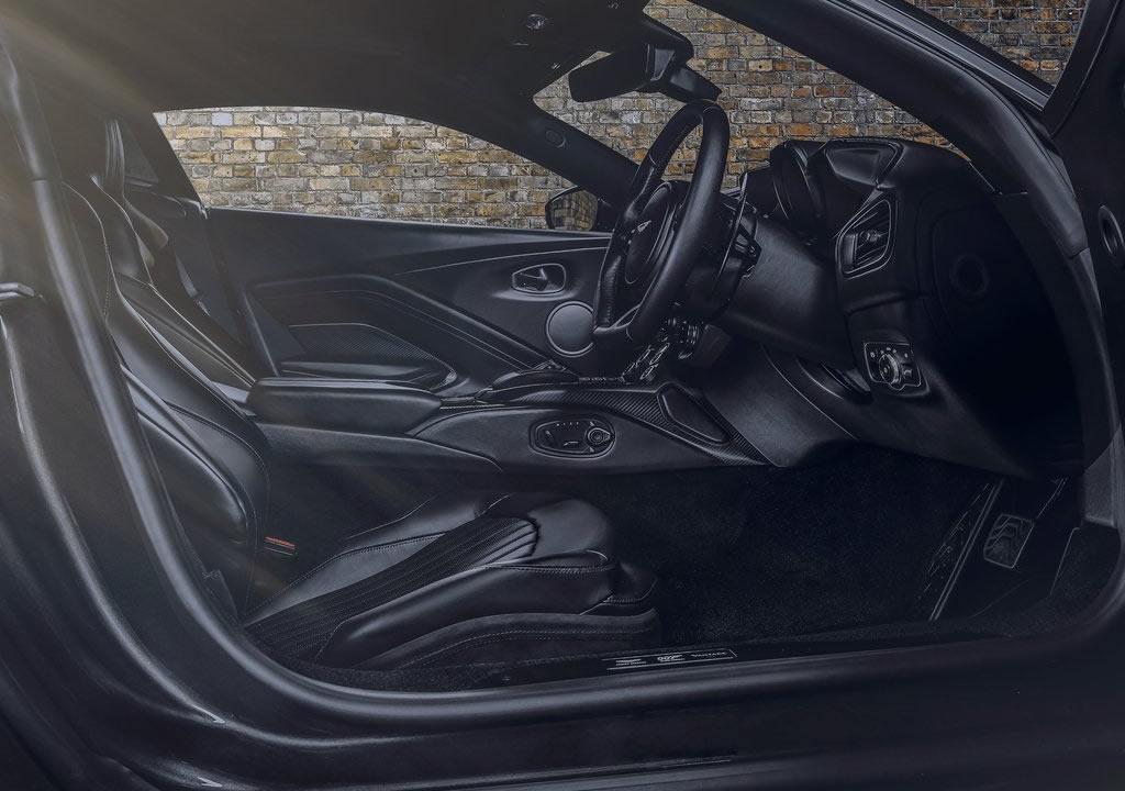 2021 Aston Martin Vantage 007 Edition İçi