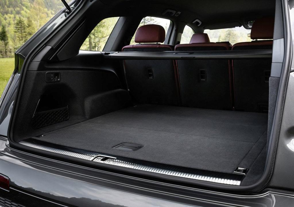 2021 Audi SQ7 TFSI Bagaj Alanı