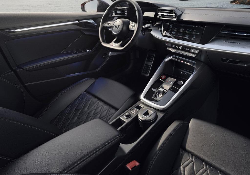 2021 Yeni Audi S3 Sedan İçi
