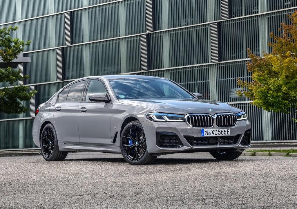 2021 Yeni BMW 545e xDrive Sedan Özellikleri