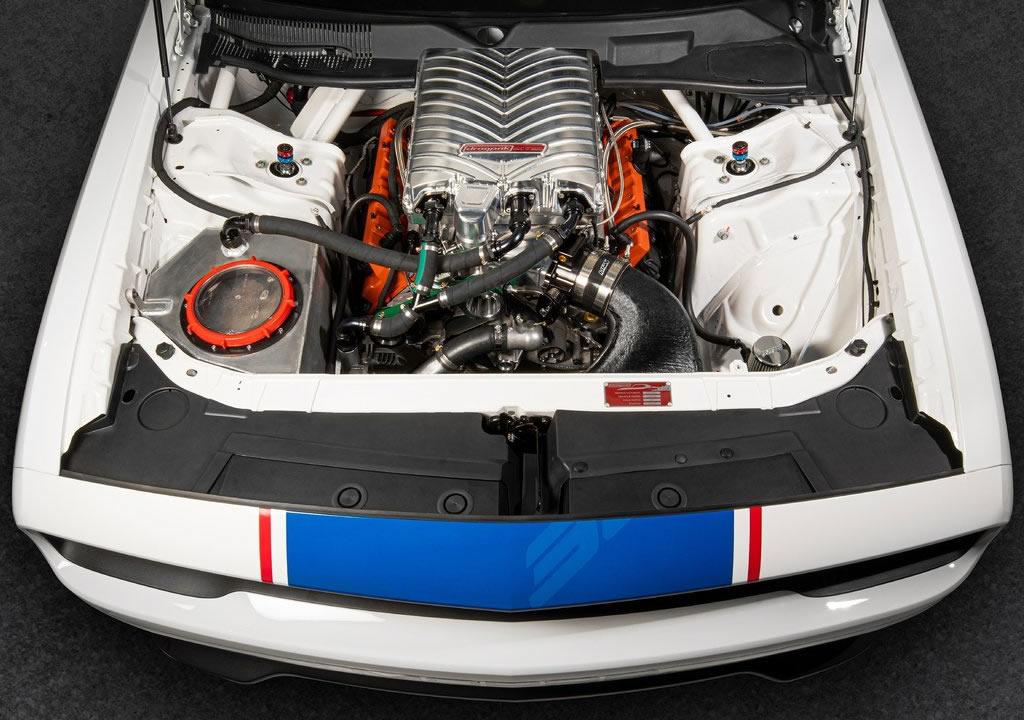 2021 Dodge Challenger Mopar Drag Pak Motoru
