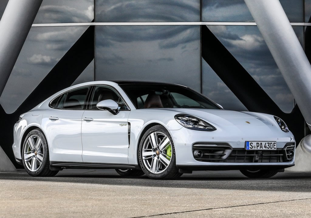 2021 Porsche Panamera 4S E-Hybrid Özellikleri