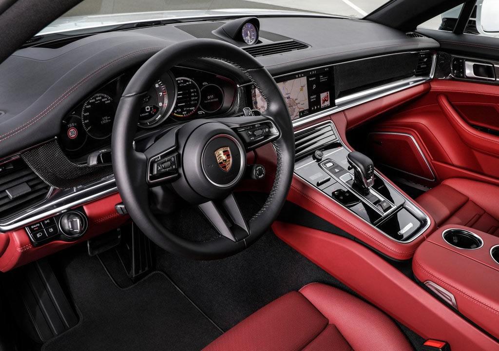 2021 Porsche Panamera 4S E-Hybrid Kokpiti