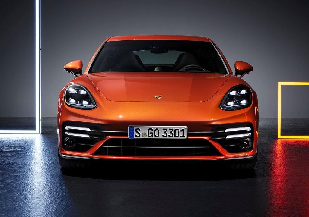 2021 Porsche Panamera Turbo S 0-100 km/s
