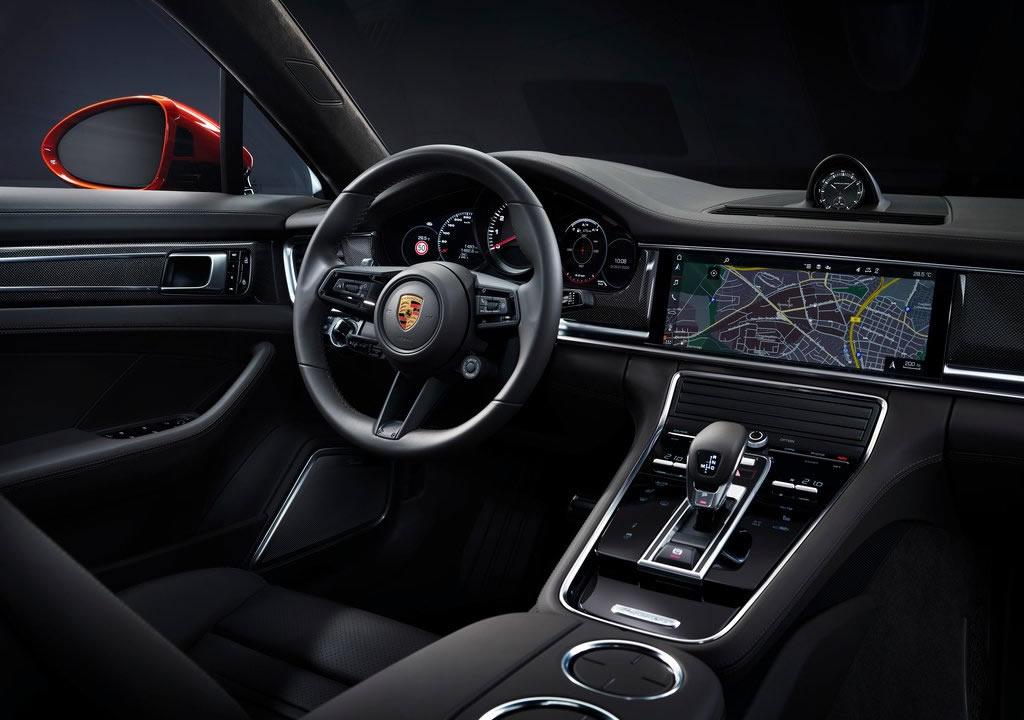 2021 Porsche Panamera Turbo S Fotoğrafları