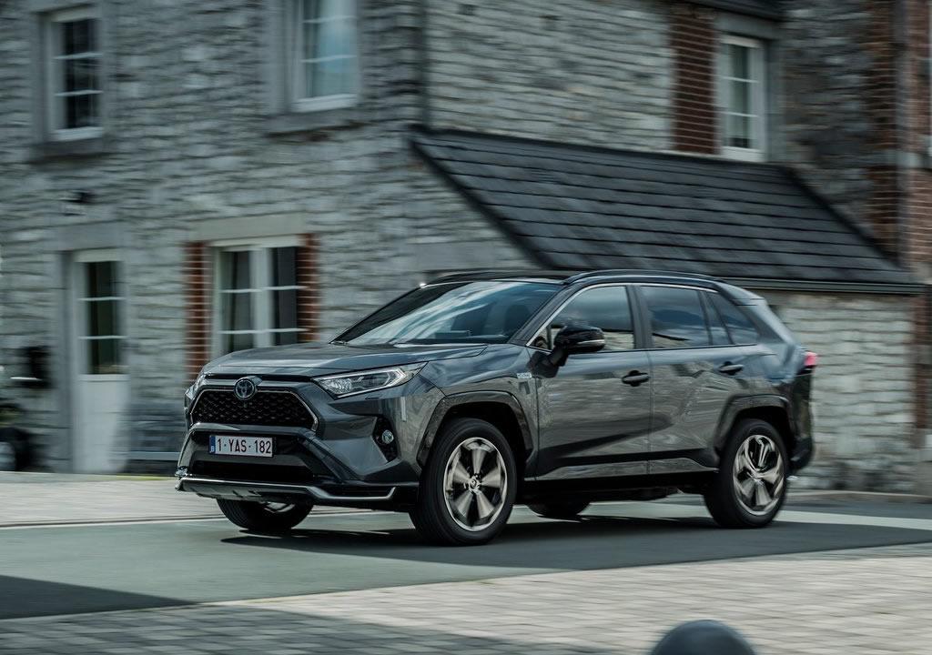 2021 Toyota RAV4 Plug-in Hybrid Menzili