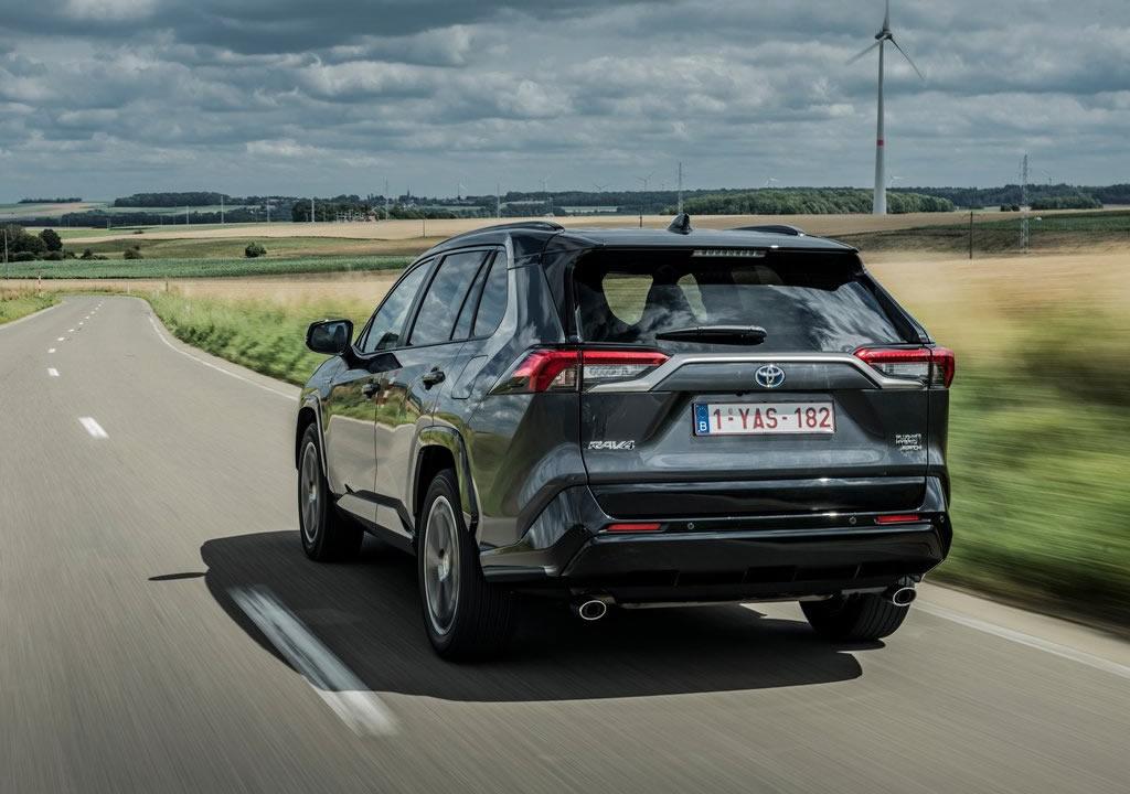 2021 Toyota RAV4 Plug-in Hybrid Fotoğrafları