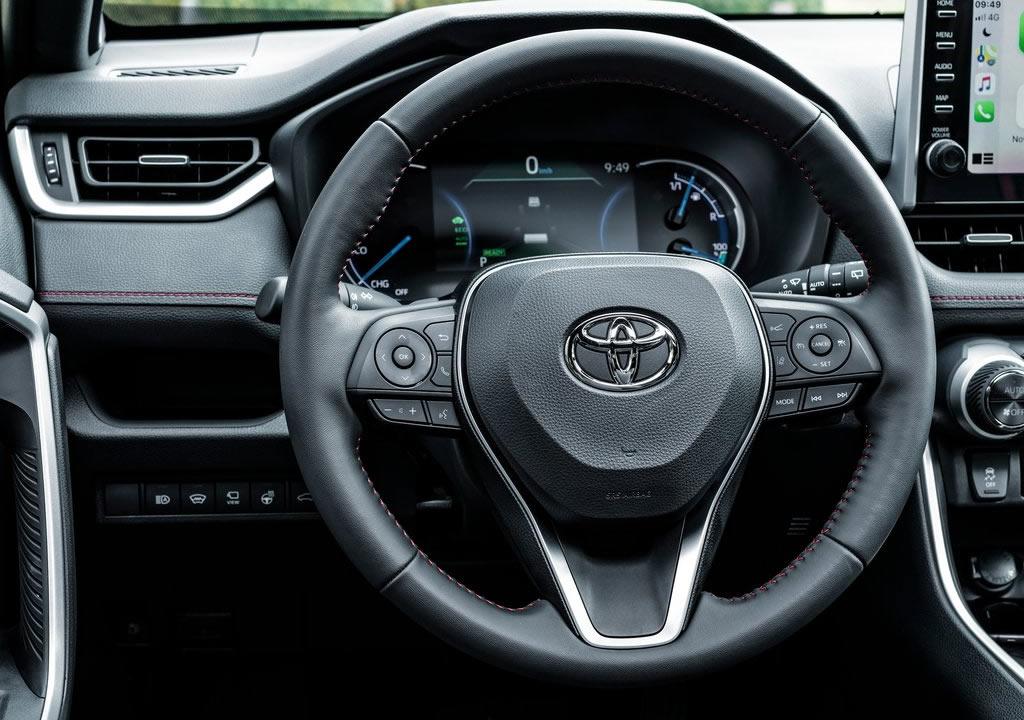 2021 Toyota RAV4 Plug-in Hybrid İçi