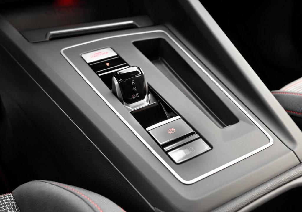 Yeni Volkswagen Golf 8 GTI DSG