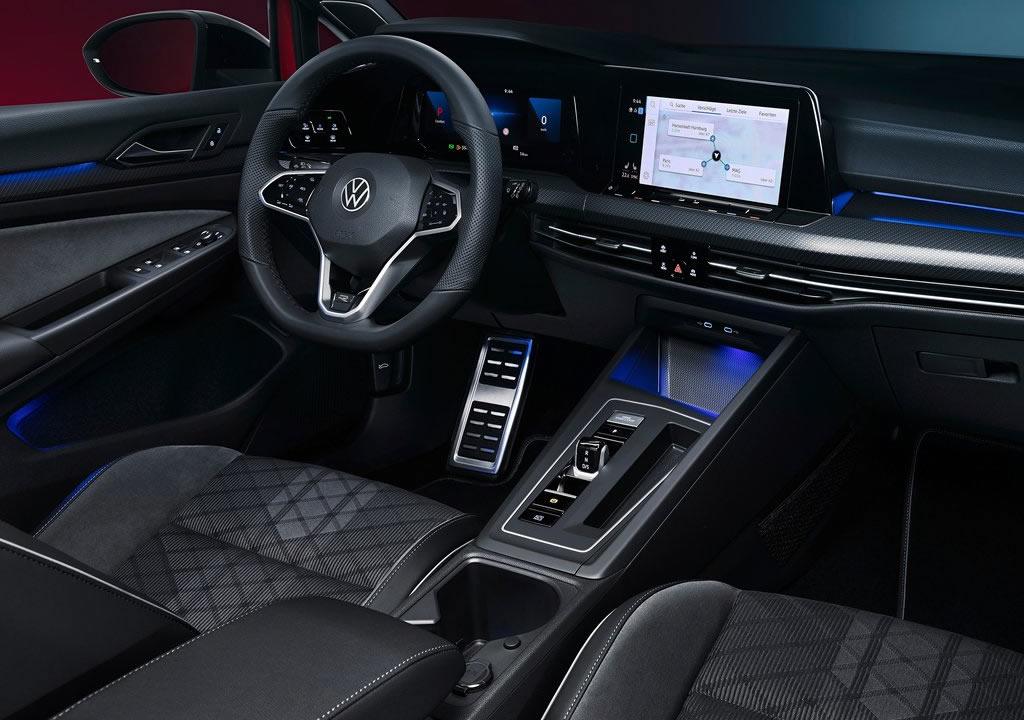 2021 Yeni Kasa Volkswagen Golf Variant Kokpiti