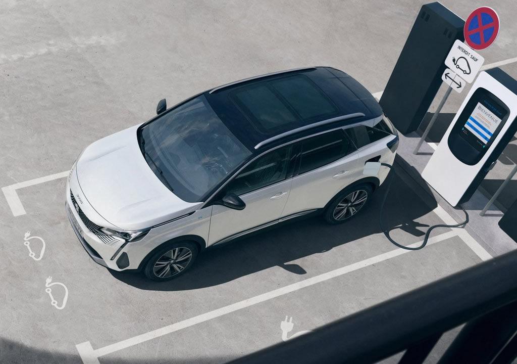 2021 Yeni Peugeot 3008 Fotoğrafları