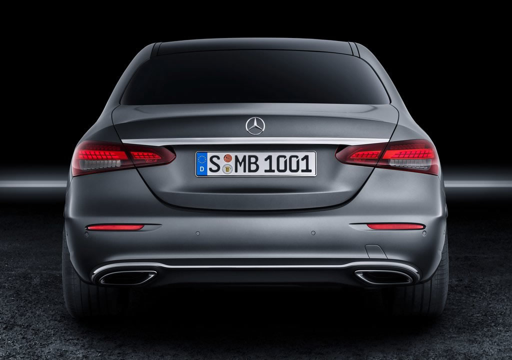 Makyajlı 2021 Mercedes E 220 dMakyajlı 2021 Mercedes E 200 d 0-100 km/s