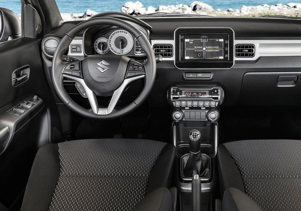 2020 Yeni Suzuki Ignis Kokpiti