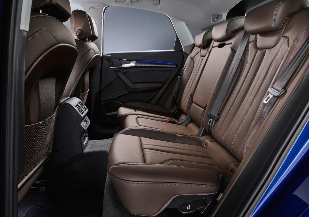 2021 Yeni Audi Q5 Sportback Diz Mesafesi