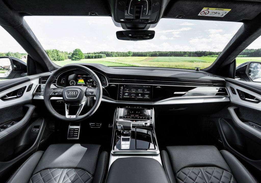 2021 Yeni Audi Q8 TFSI e Quattro Kokpiti