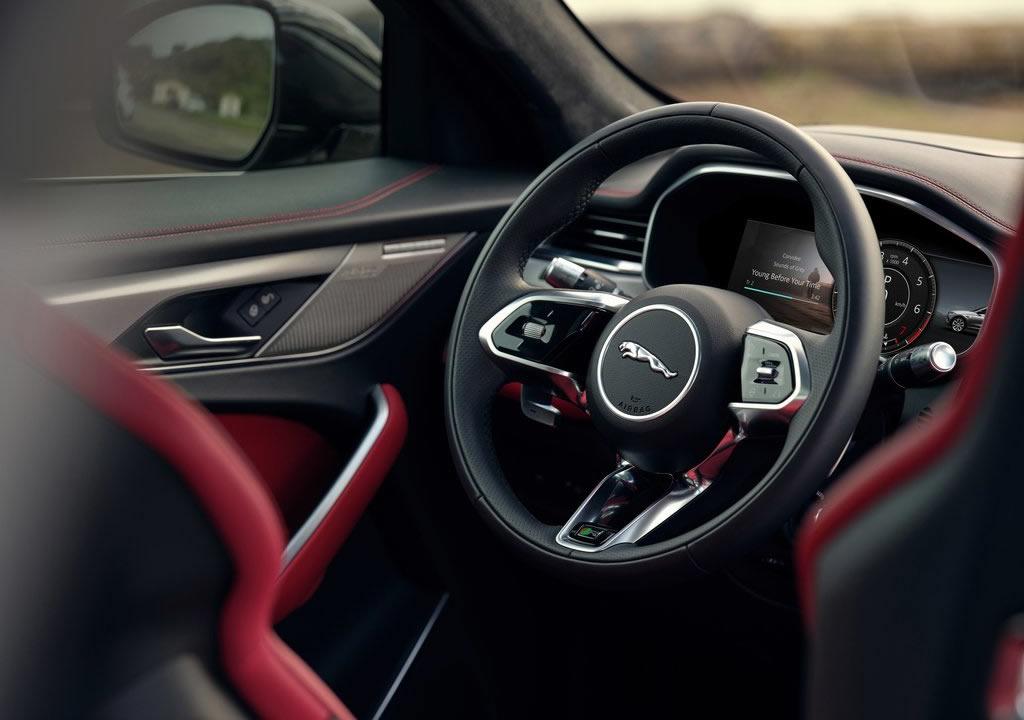 Makyajlı 2021 Jaguar F-Pace 0-100 km/s