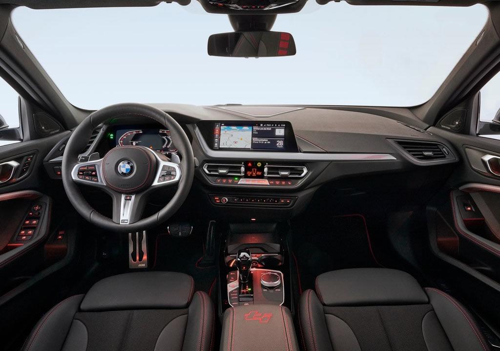 2021 Yeni BMW 128ti Kokpiti