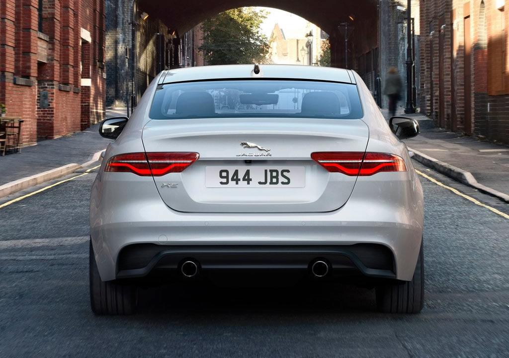 Makyajlı 2021 Jaguar XE