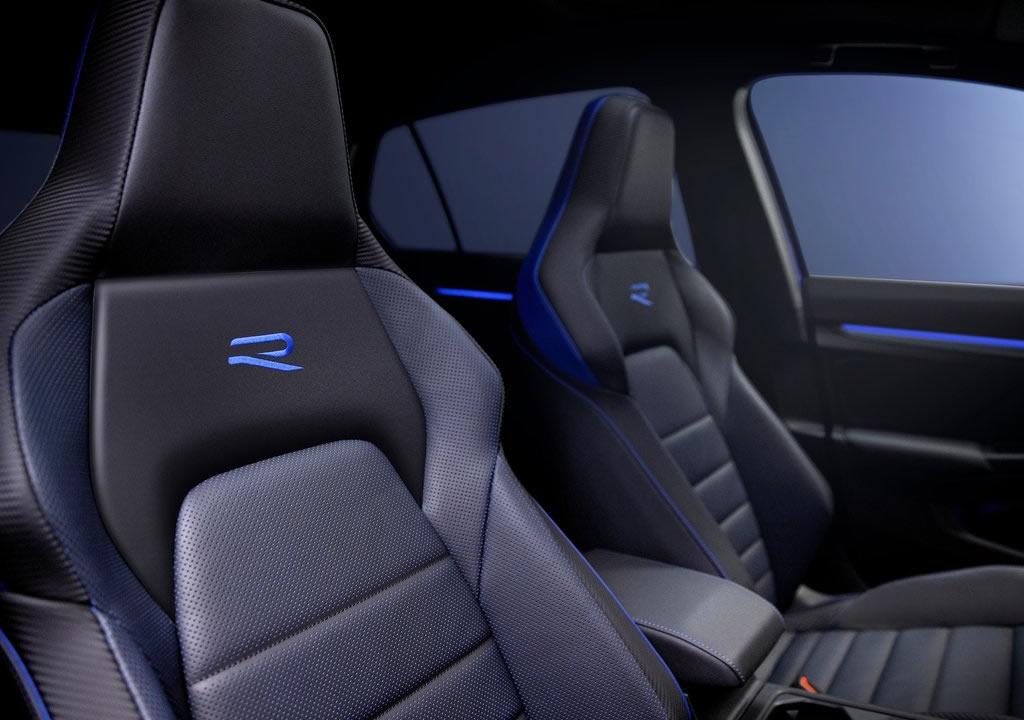 2022 Yeni Volkswagen Golf R İçi