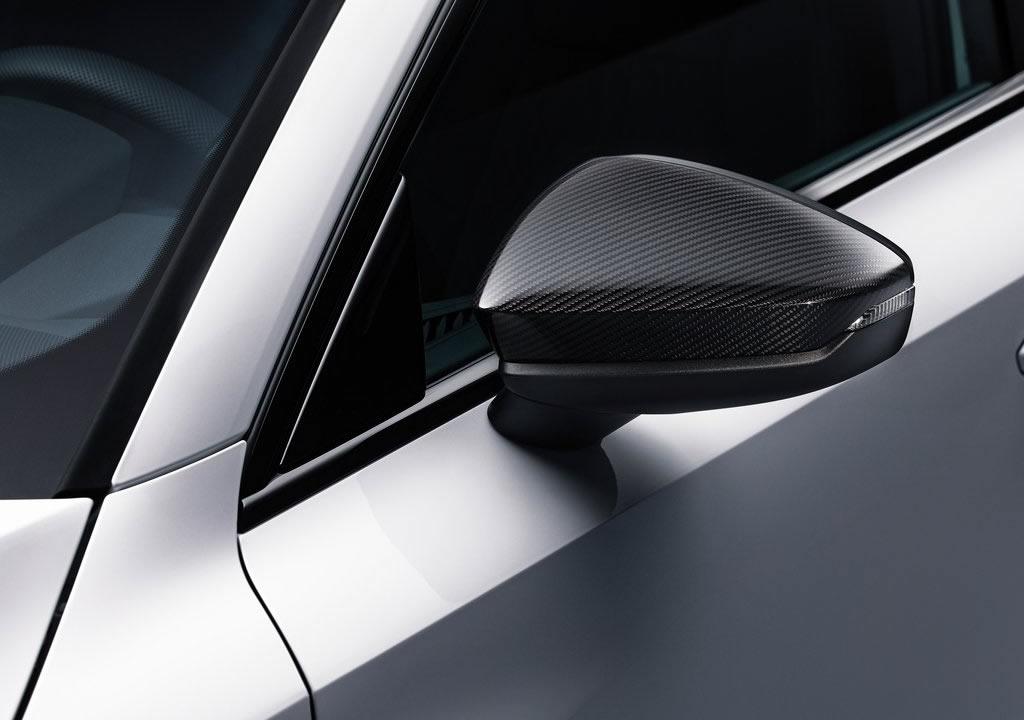 2021 Audi A3 Sportback 45 TFSI e 0-100 km/s