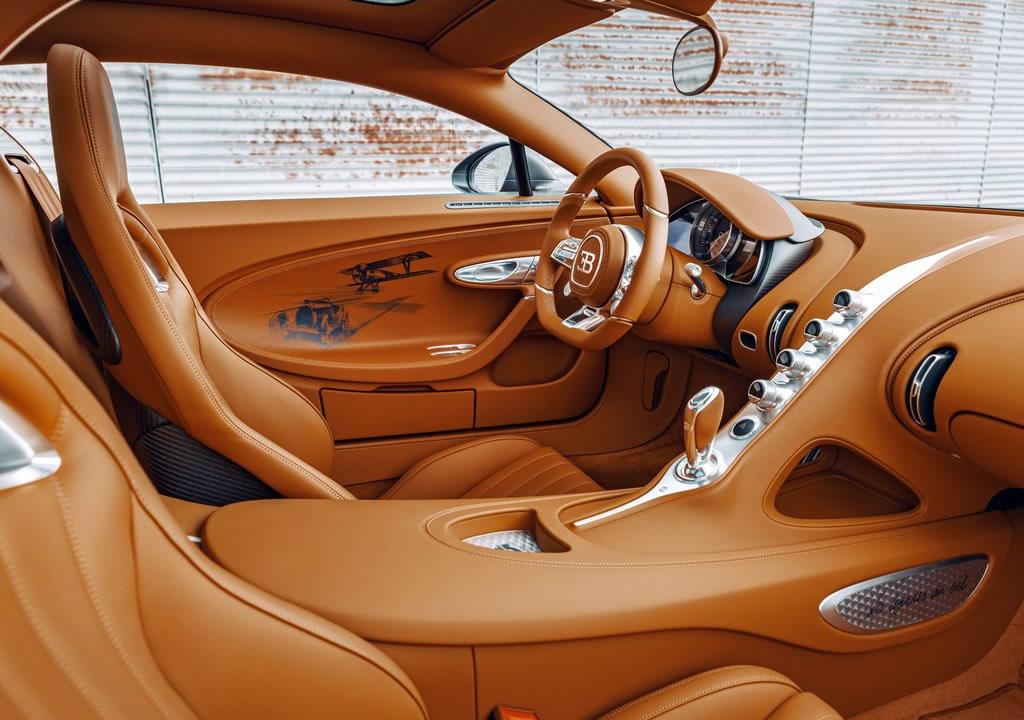 Yeni Bugatti Chiron Sport Les Legendes du Ciel İçi