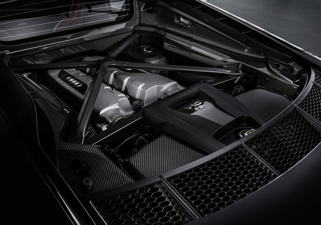 2021 Yeni Audi R8 RWD Panther Edition Motoru