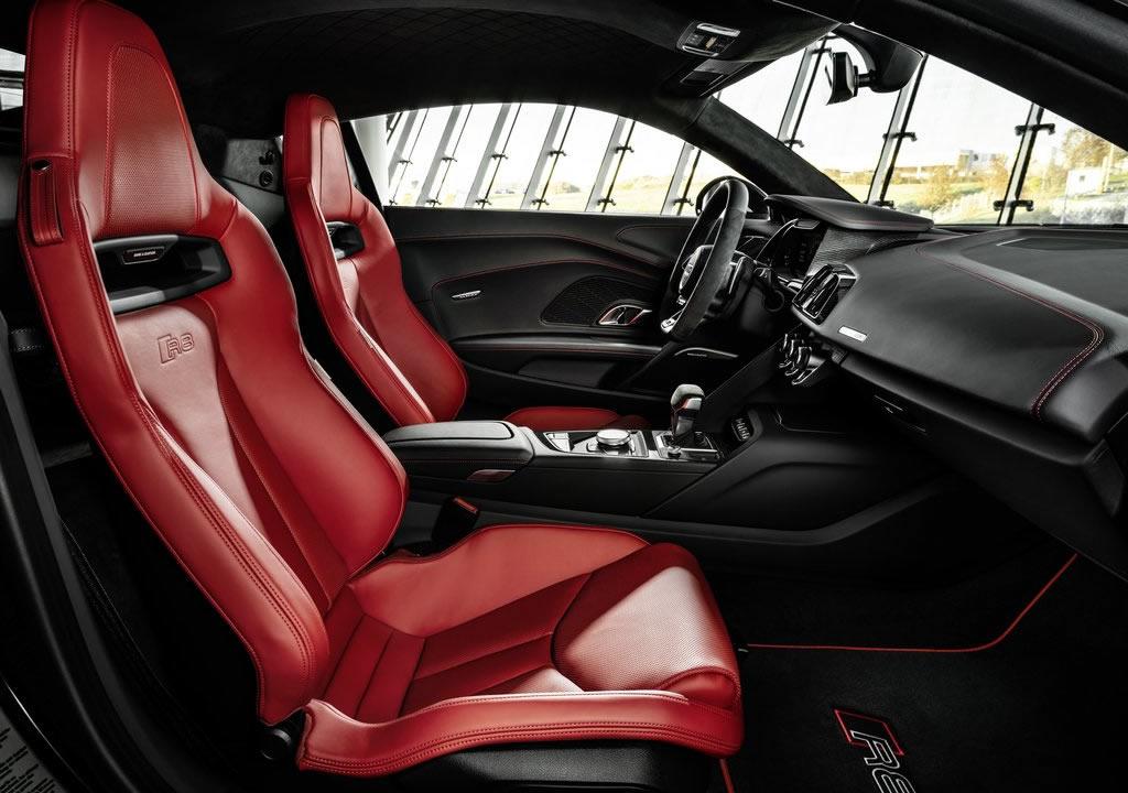 2021 Yeni Audi R8 RWD Panther Edition İçi