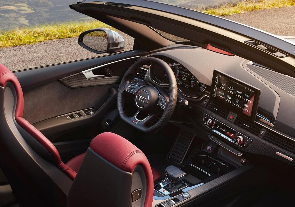 2021 Yeni Audi S5 Cabriolet İçi