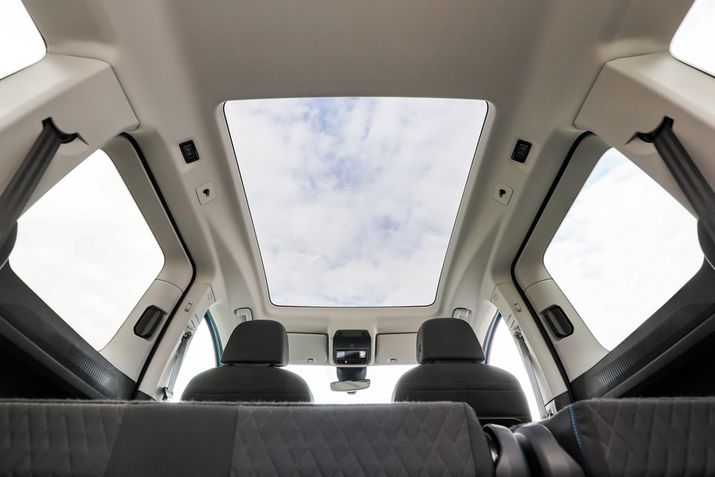 2021 Yeni Kasa Volkswagen Caddy Cam Tavan