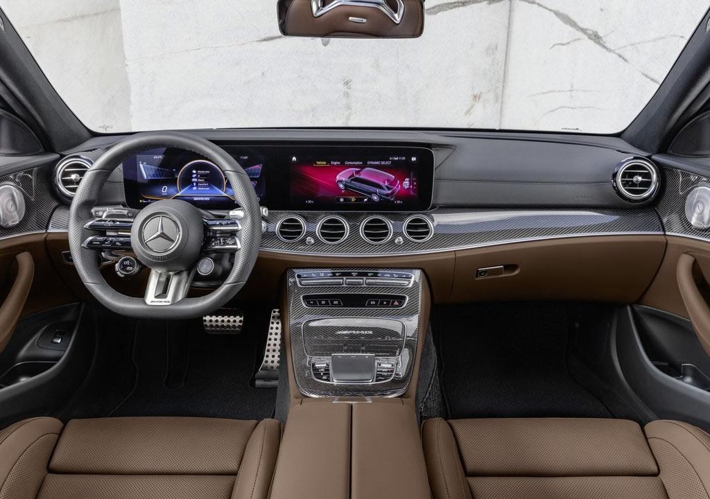 2021 Yeni Mercedes-AMG E63 S Estate Kokpiti
