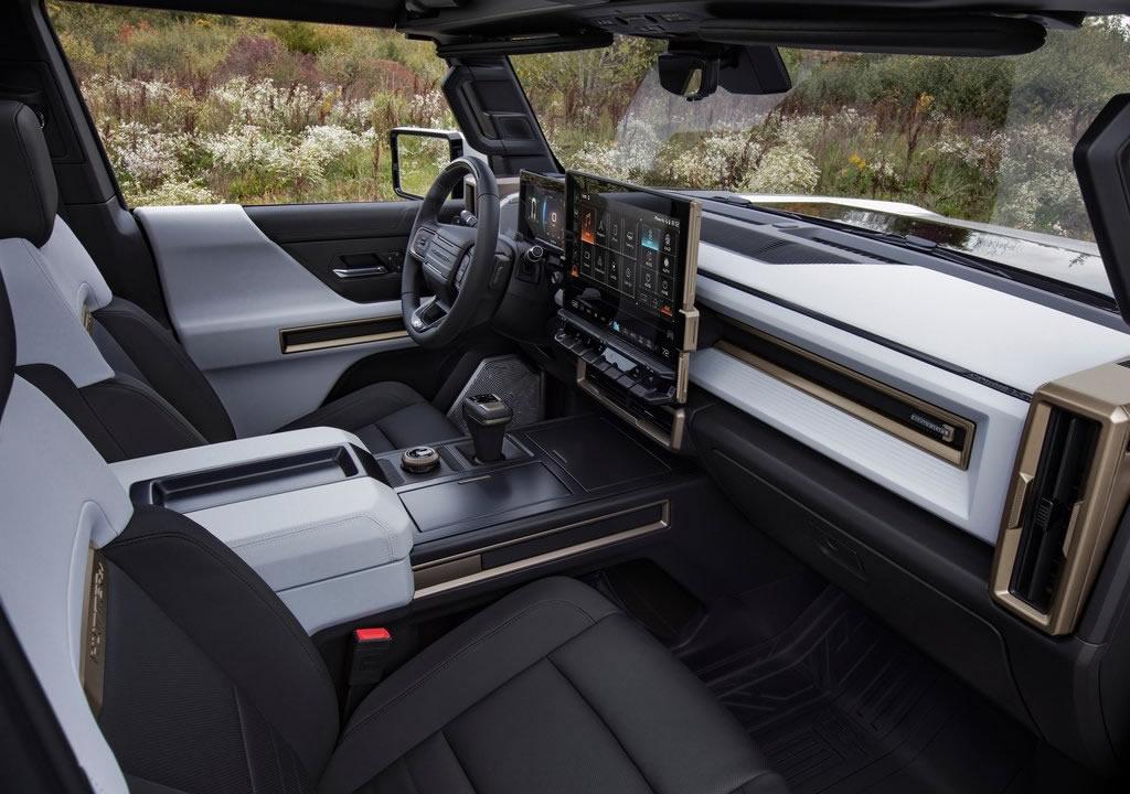 2022 GMC Hummer EV İçi