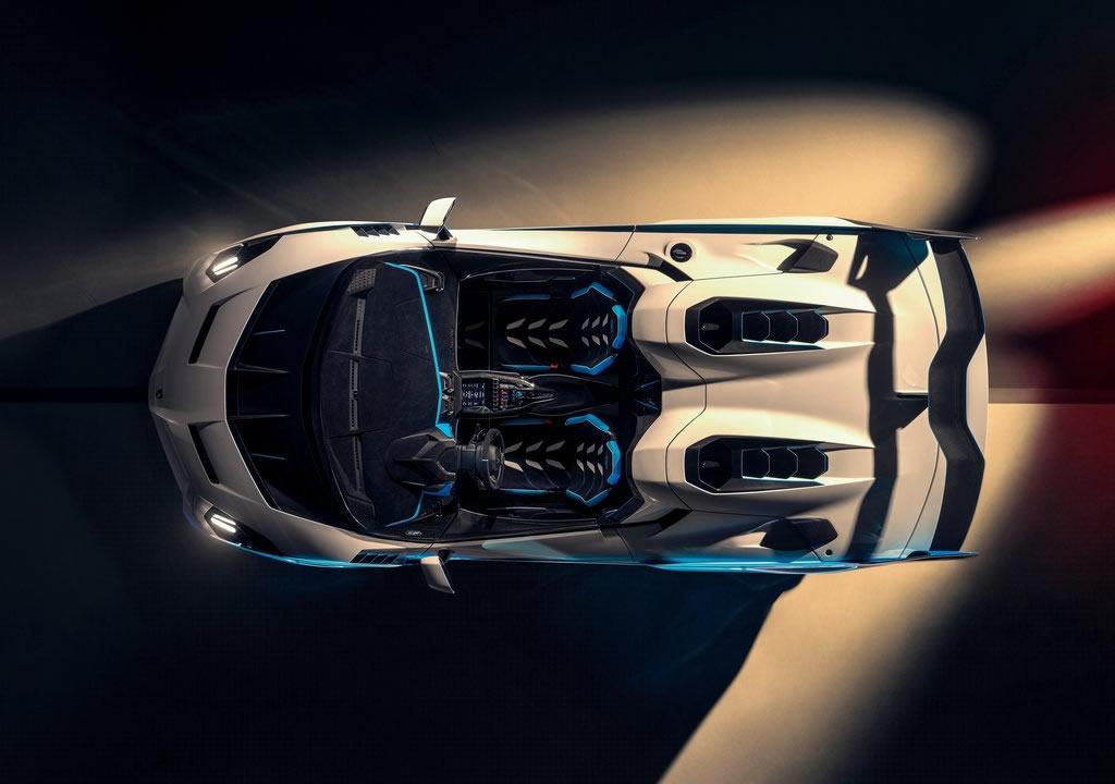 Yeni Lamborghini SC20 İçi