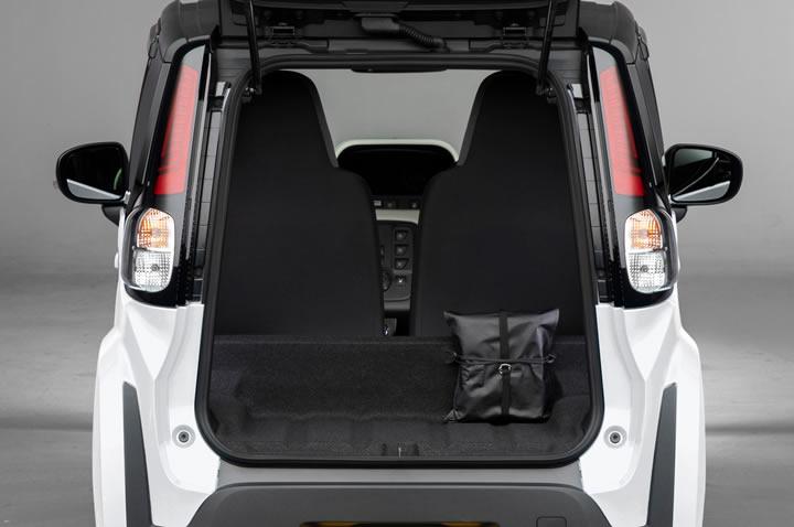 Yeni Toyota C+Pod Bagajı